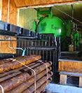 Бохемит для промышленной обработки. Средства для антисептирования древесины в промышленных масштабах. Окунание в ванны, вакуумная импрегнация.
